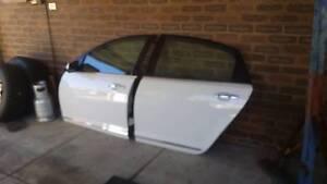 vf v8 Calais k frame/rad support/fenders/4 doors/side skirts Kwinana Beach Kwinana Area Preview