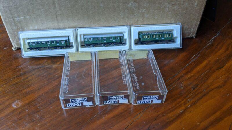 Marklin Mini Club 8707 8706 8705 Green Cars