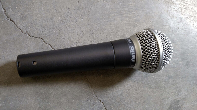 Shure SM58 Mic, Gently Used