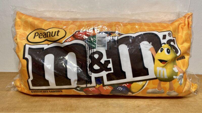 M&M's Pillow 2008 Yellow Peanut M&M's New Sealed