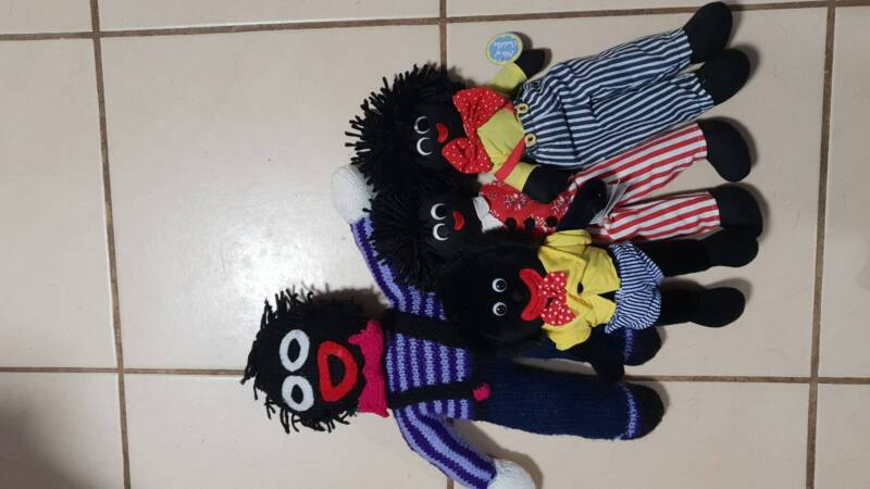 Golliwogs X4 1 Knitted Rest Are Shop Gollies Toys Can Post Toys