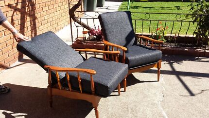 Antique style reclining armchairs Lidcombe Auburn Area Preview