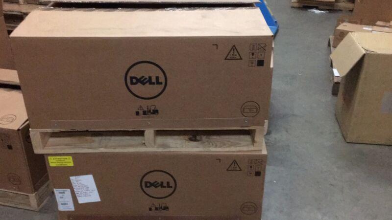 """DELL PowerEdge R930 NO CPU 0GB 2PS NO RAID NO HD 4x2.5"""" HD Barebones CTO Server*"""
