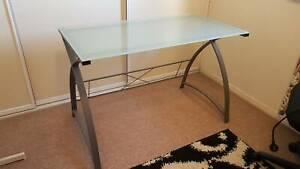 Desk - Glass Top - Metal Frame