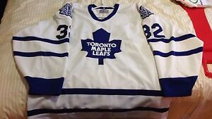 Toronto maple leafs authentic ccm centre ice jersey 52 pro model