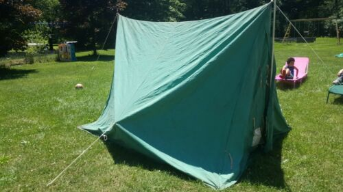 Vintage Boy Scouts of America Voyager Tent  With screen and floor