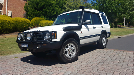 "2004 Landrover Discovery 2 -""Classic"""