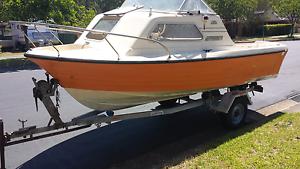 Super craft half cabin boat Fletcher Newcastle Area Preview