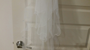 Brand new wedding dress and veil! Balga Stirling Area Preview