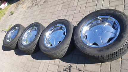 TYRE AND RIM 265.60.18