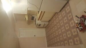 For rent 1 bedroom separate entrance 199 grulke st Kitchener Kitchener / Waterloo Kitchener Area image 2
