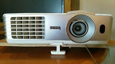 BenQ W1070 Movie & Gaming Projector - 3DReady - x4 3D Glasses