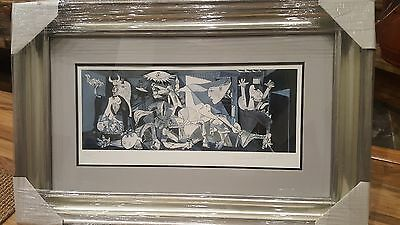 Collection Domaine Picasso Lithograph Limited Edition Guernica - Framed