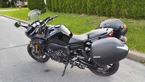Moto Yamaha Fazer 800 à vendre
