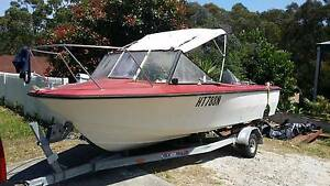 Boat 5.2.metre seafarer Bolton Point Lake Macquarie Area Preview