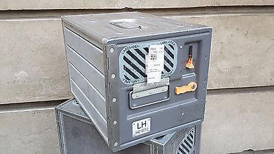 Original LUFTHANSA Flugzeugtrolley Unit - graue Alu Box | Flight Case