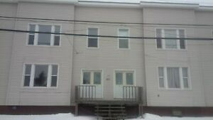 123 City Line #1 - 2 BR Upper West, W/D, Pets, Yard, Parking™