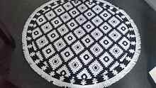 Round patterned towels Hamilton South Newcastle Area Preview