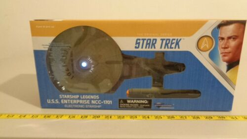 Star Trek Classic USS Enterprise 1701 Electronic Starship 2018 DST MIB