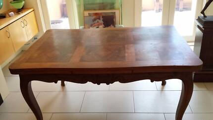 Antique walnut 6 seat dining table Turner North Canberra Preview