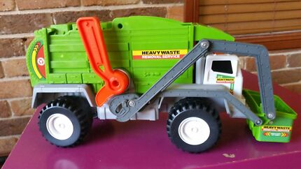 Garbage truck & recycling truck  $15 Yarrawarrah Sutherland Area Preview