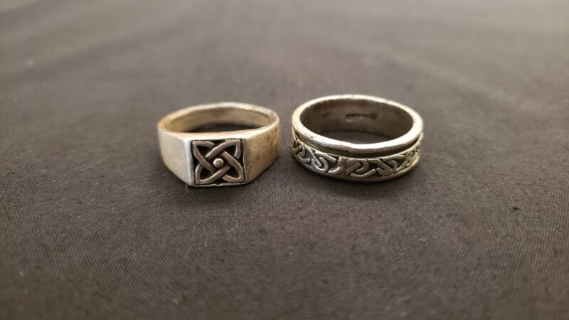 Lot of vintage sterling silver Celtic knot rings