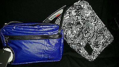 NWT NIKE STUDIO KIT BLUE  black ~REVERSIBLE MAKE UP BAG~SHAVING BAG~TRAVEL GYM Studio Kit Bag