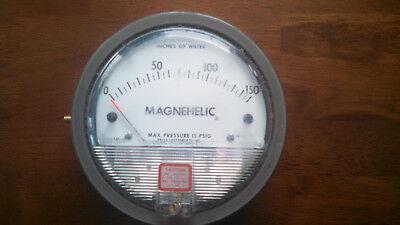 Dwyer 2150c Magnehelic Gauge 0-150 Of W.c. Max Pressure 15 Psig