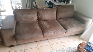 2 and 3 seater lounge set Upper Coomera Gold Coast North Preview