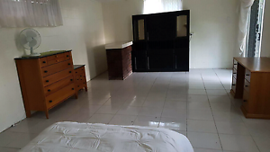 Huge fully furnished semi detached room 18mins from the city Camp Hill Brisbane South East Preview