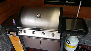 4 burner beefmaster bbq with wok burner Oatley Hurstville Area Preview