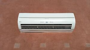 Fujitsu Inverter Air Conditioner Unit North Narrabeen Pittwater Area Preview