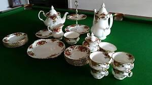 Royal Albert Old Country Roses Tea Set Echuca Campaspe Area Preview