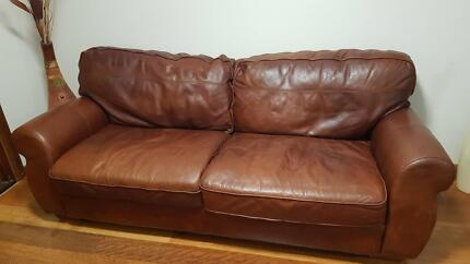 Leather lounge - 3 seater
