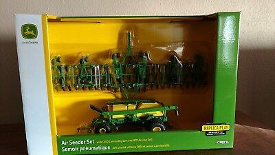1/64 farm toys/ John Deere Air Seeder ()