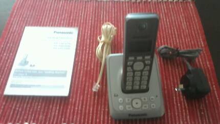 Panasonic Portable Phone with Digitial Answering System