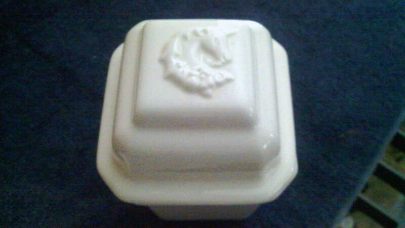 Vintage Corday Toujours Moi Bath Crystals 6 OZ Box w/Unicorn Lid - Rare