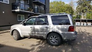 MUST SEE 2003 Lincoln Navigator