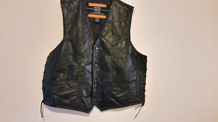 harley leather vest / harley shirt