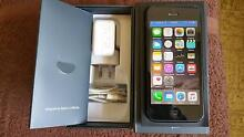 iphone 5 64G unlocked very good condition box with accessories Vermont South Whitehorse Area Preview