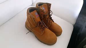 New Oliver a t work boots and new steel blue boots Bendigo Bendigo City Preview
