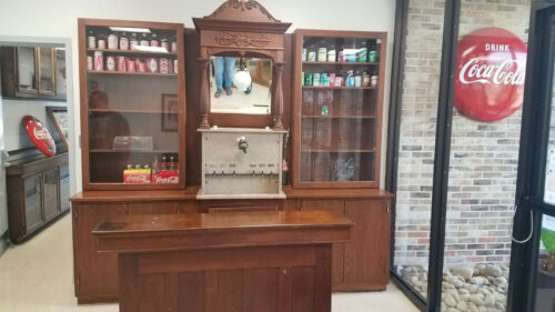 1920s Combination Soda Fountain with Bar and Side Displays Marble Excellent Cond