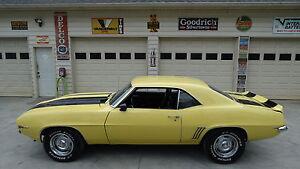 1969-Chevrolet-Camaro-Z28-REPLICA