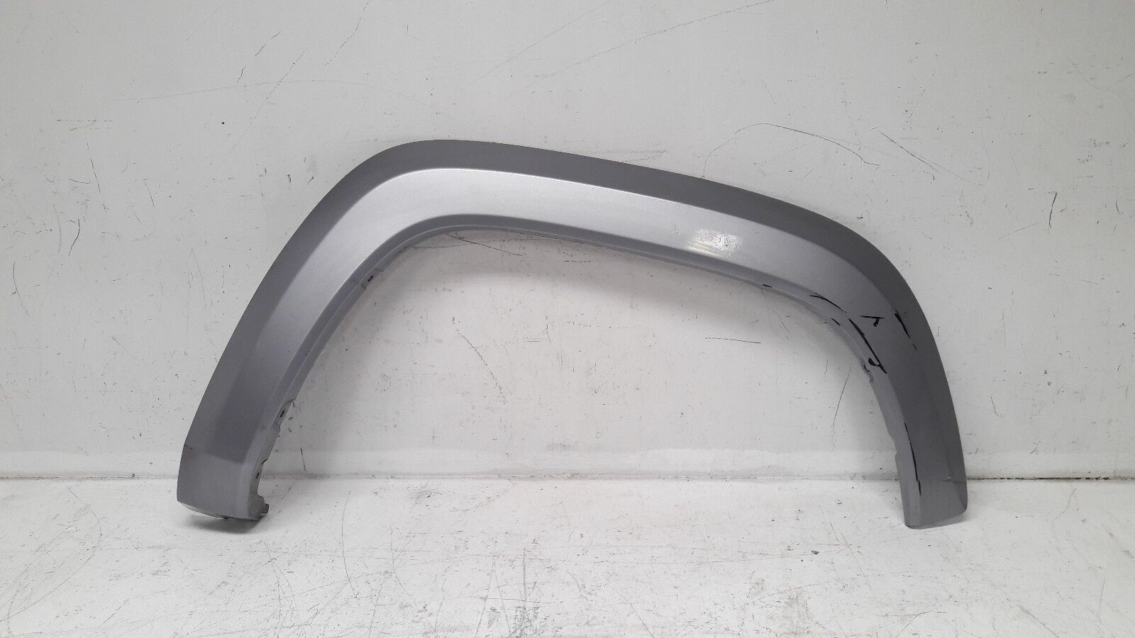 Used Toyota Tacoma Fenders For Sale 2004 Fender Flares 2016 2017 Front Right Flare Silver 75871 04060 3215