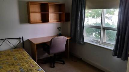 Students Accommodation close to Flinders uni and Marion shopping