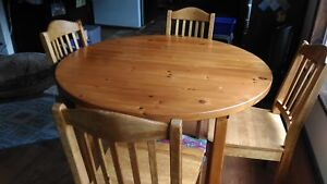 Round Wood Table and Chairs + Leaf
