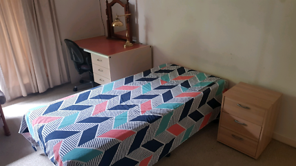 Share house accommodation. Room to rent Bellevue Heights Mitcham Area Preview