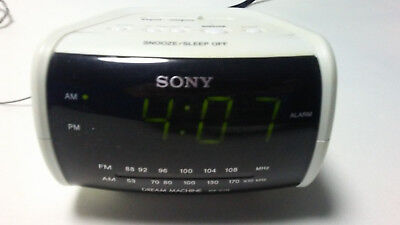 Sony ICF-C112 FM/AM Clock Radio with Full Power Back-up