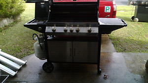 5 burner bbq Adamstown Heights Newcastle Area Preview