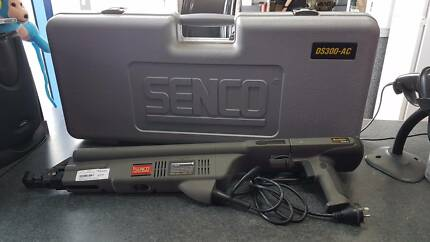 SENCO DURASPIN DS300-AC CORDED COLLATED SCREWDRIVER